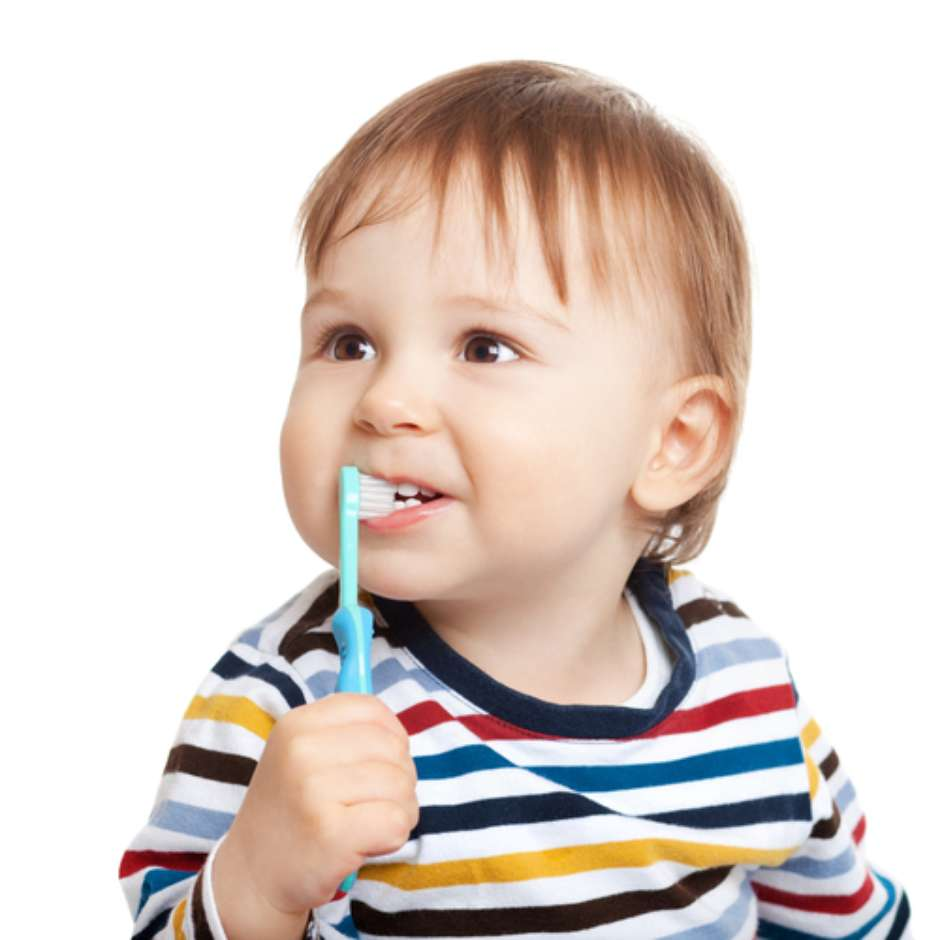 Criança-escovando-os-dentes.jpg