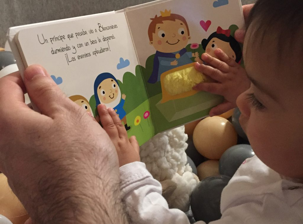 criança-lendo.jpg